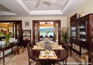 Four Bedroom, Beachfront Villa in Upscale Lagoons