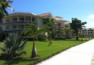 Premium Luxury Beachfront Condo 8-B4
